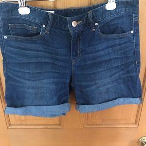 Gap cuffed shorts